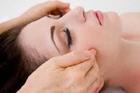 Acupressure Facial Massage 14