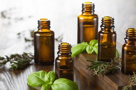 Essential Oils for Cleansing
