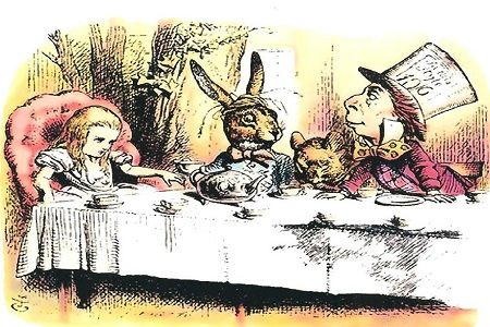 The Metaphysics of Alice